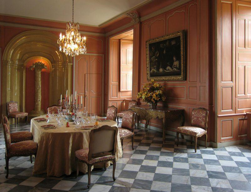 salon w stylu ludwika XVI