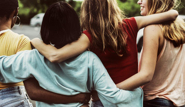 grupa przyjaciol